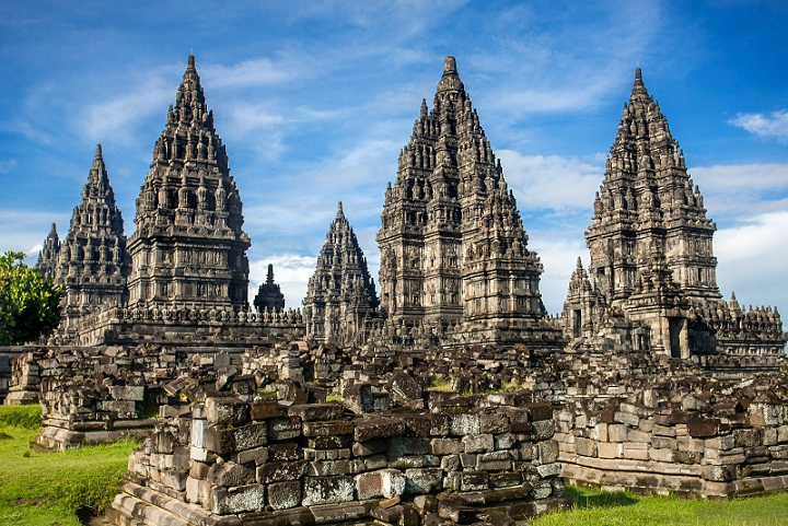 Sejarah dan Misteri Prambanan, Candi Hindu Terindah di Dunia