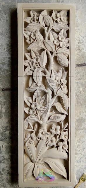 Kerajinan batu alam Relief bunga kamboja