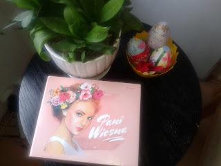Kosmetyczne pudełko niespodzianek