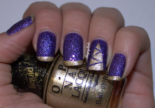 http://hungrynails.blogspot.de/2013/12/even-though-i-try-i-cant-let-go.html