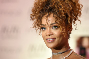 Rihanna Spotted With Her New Boo At Vacationing In Ibiza