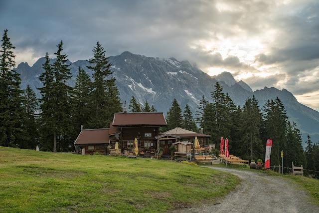 Almwanderung zur Hochkaseralm  Wandern Hochkönig  Wanderung SalzburgerLand 02