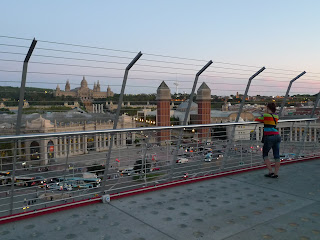 Fences at Las Arenas, a shopping mall in #bcn, now higher for safety reasons