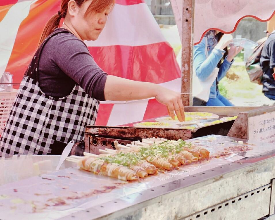 hunting street food in kyoto