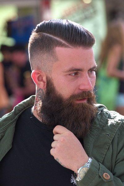 Moda Cabellos Peinados 2016 Para Hombres Con La Barba Muy Larga