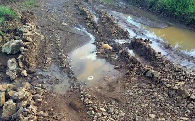Iretama: Secretaria de obras arruma ou estraga estradas rurais?