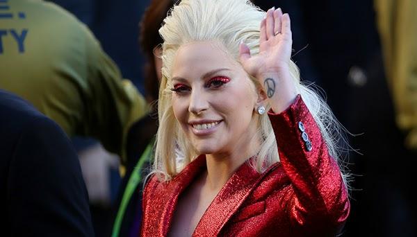 Lady Gaga está negociando para se apresentar no Super Bowl 2017, segundo a Billboard!