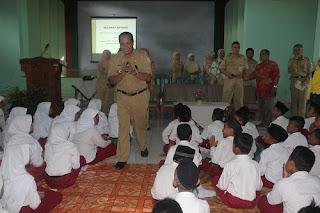 Hari Pertama Sekolah, Walikota Pekalongan Beri Kuliah Umum Di SMP N 7