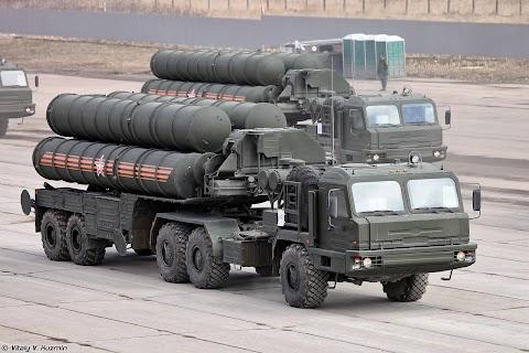 Törökország 2019 októberében kezdi meg az orosz Sz-400-asok telepítését