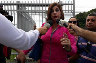 http://vnoticia.com.br/noticia/2951-camara-de-campos-reprova-contas-de-rosinha-garotinho-vereadores-seguem-parecer-do-tce-rj