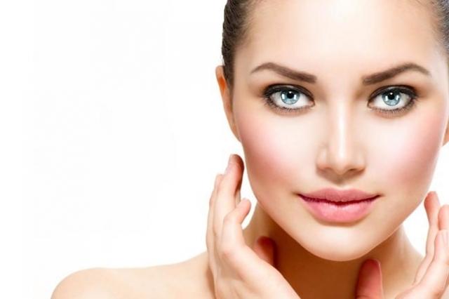نصائح عامة لجمال البشرة والوجه يجب أن لا يتم تجاهلها للحصول على بشرة نقية وصافية وخالية من العيوب والشوائب