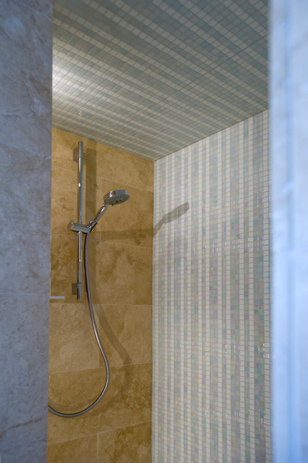 Minosa A Real Showstopper Modern Bathroom: Minosa: Small Space Becomes Great Ensuite For Two