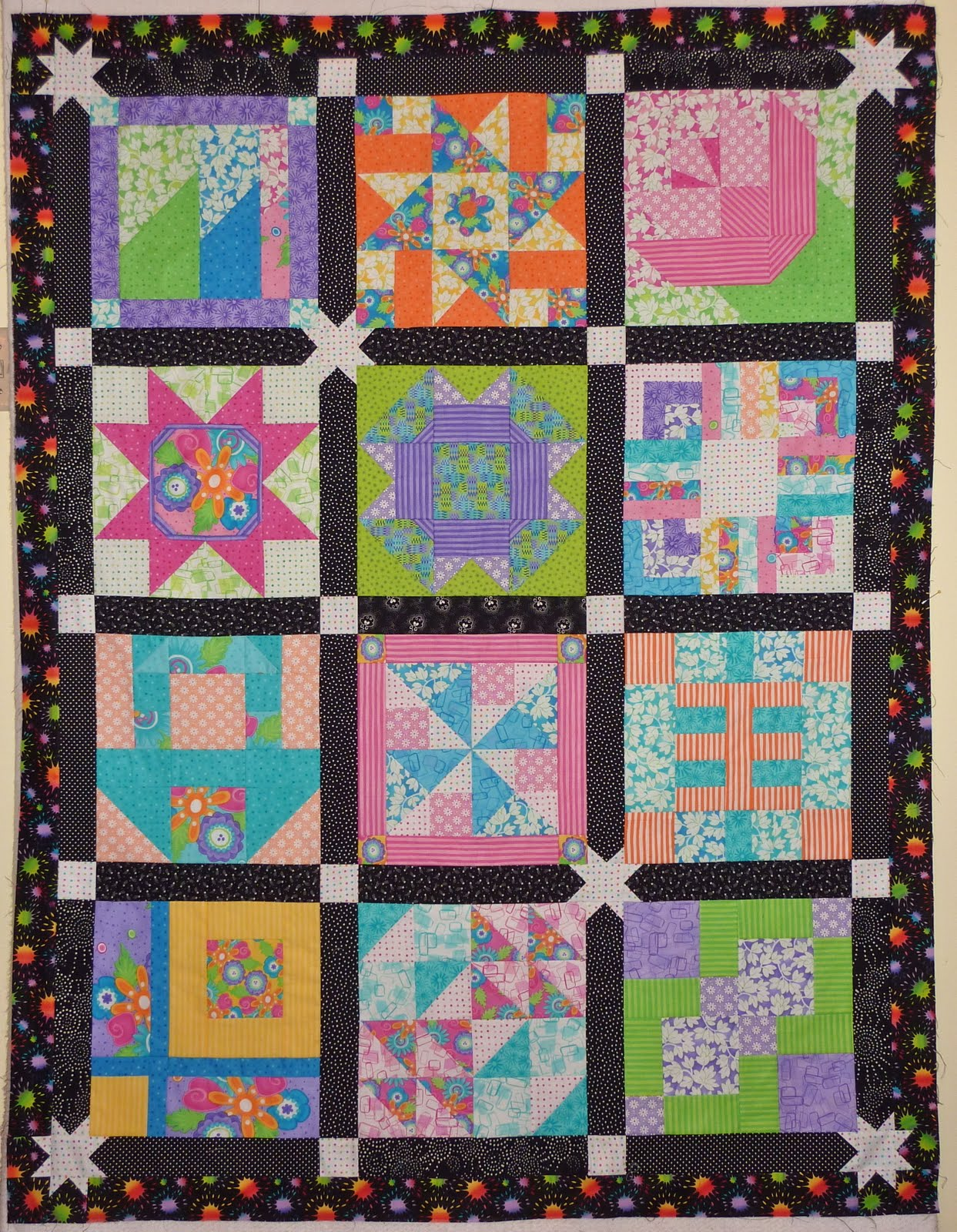 Layer Cake Quilt Moda : Kathy s Quilts: Finished Layer Cake Quilt & Draw Winner