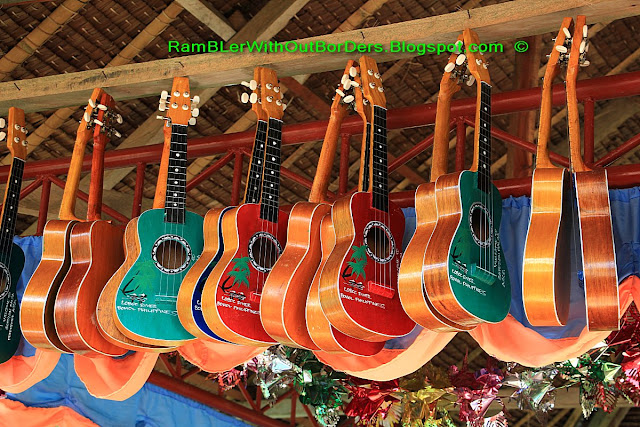 Pinoy guitars, Loboc River, Bohol, Philippines