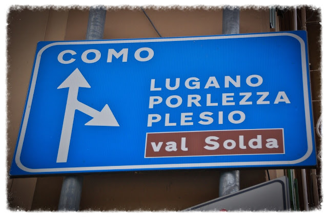 Lake Como road sign