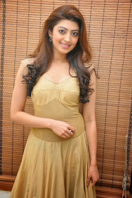 Pranitha Latest Cute Photos ♥ | IndianBeast