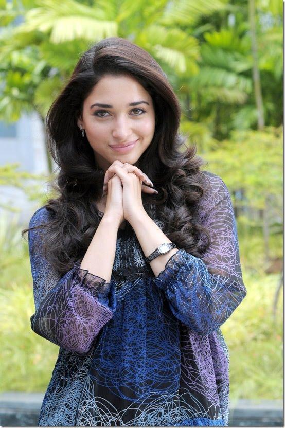 Hd Girl Gun Wallpapers 1080p Tamanna Hot Stills From Siruthai Movie 6 Pics