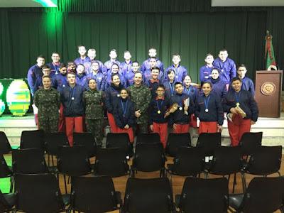 As esquerdas piram: alunos do Colégio Militar de Porto Alegre brilham em Olimpíada de Matemática!