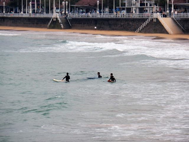 Surfers, Gijón, Asturias, España, Elisa N, Blog de Viajes, Lifestyle, Travel