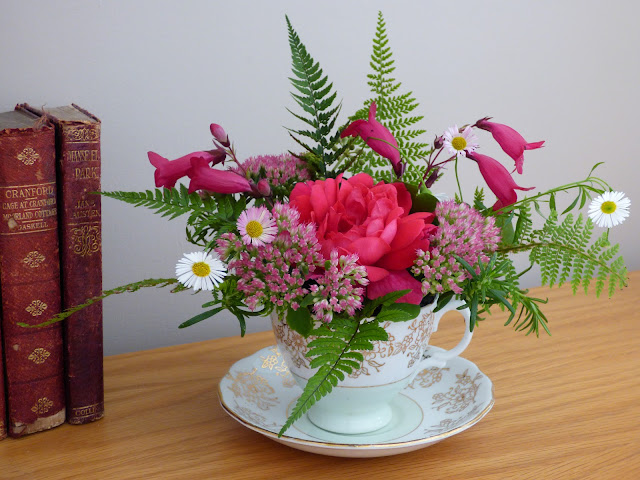 Week 2 Homework - Flower Arrangement in a tea cup