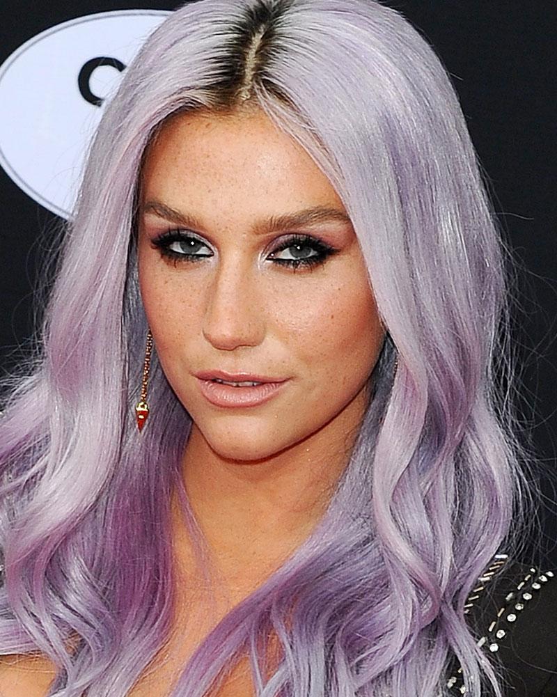 Kesha - MTV Video Music Awards in Los Angeles 08/27/2017