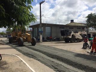 SOBRADO-PB: Governador Ricardo Coutinho atende pedido do prefeito George Coelho e ordena a  reconstrução de todo o asfaltamento urbano da cidade; Veja as fotos