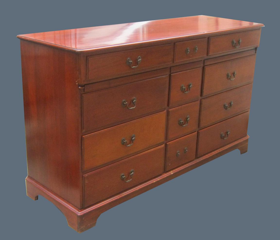 Uhuru Furniture Amp Collectibles Solid Wood 12 Drawer