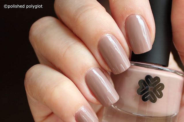 Lily Lolo Nail polish in 9 to 5