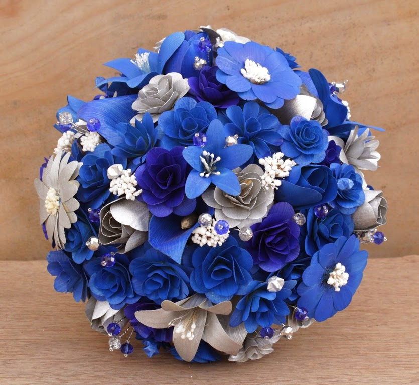 Royal Blue And Silver Wedding Flowers: Royal Blue And Silver Wedding Bouquets Made Of Wood And