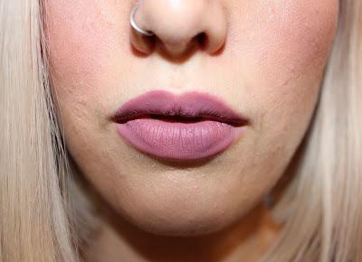 Kat Von D Everlasting Liquid Lipstick in Lovesick