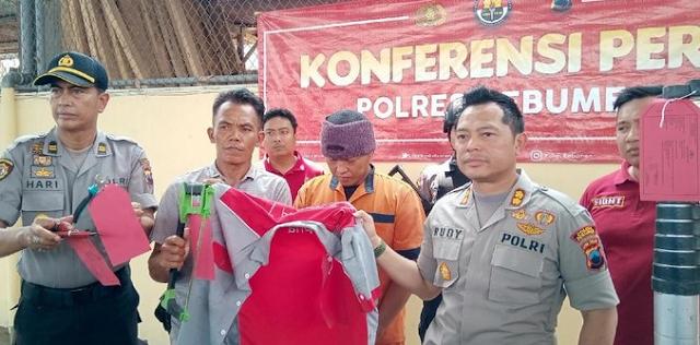 Seorang warga Kebumen, Jawa Tengah, dibekuk polisi lantaran mencuri kabel telekomunikasi