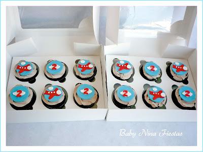 cupcakes temáticos avion rojo