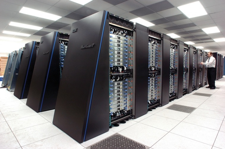Supercomputer with 160TB of RAM