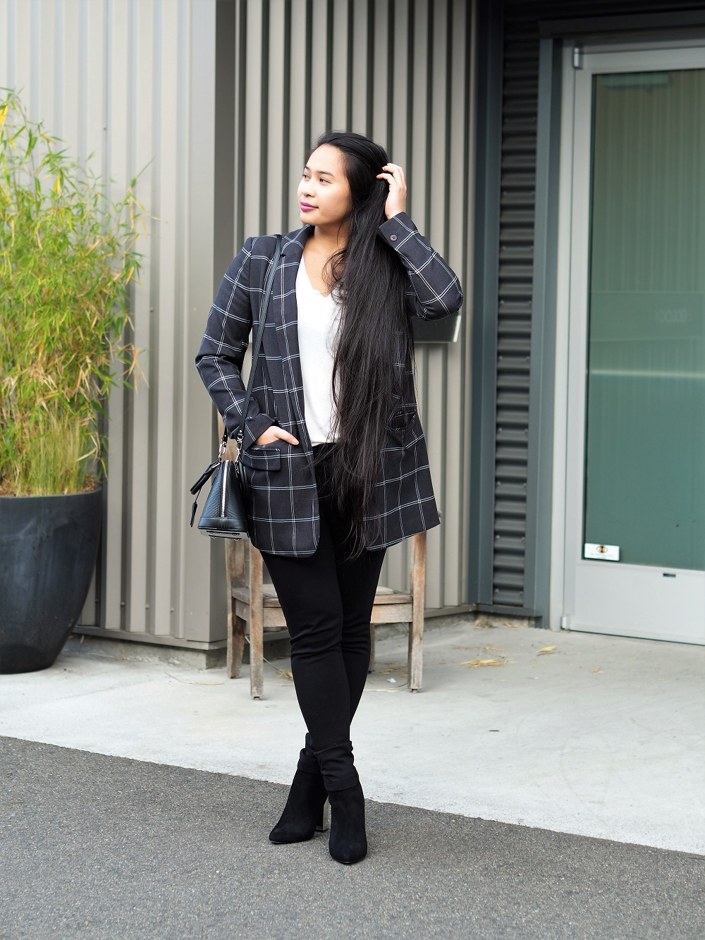 seattle fashion outfit nordstrom rack alma bb louis vuitton lulus