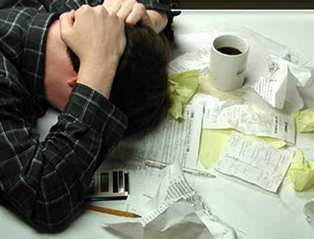 Οι φόροι αυξάνονται τα έσοδα μειώνονται
