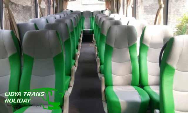 Interior dan Daftar Harga Sewa Bus Pariwisata di Jakarta