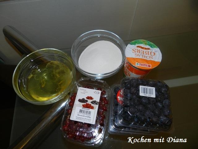 Zutaten Baiser Torte mit Ribisel und Preiselbeeren