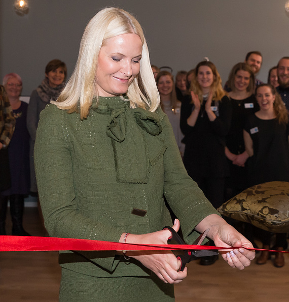 Crown Princess Mette-Marit of Norway visit Gallery Normisjon's Recycling Shop on March 09, 2017 in Oslo, Norway.