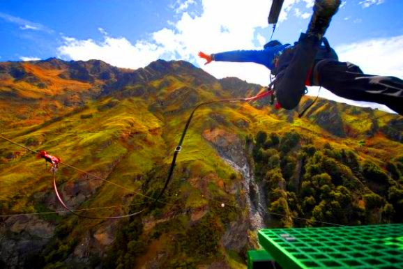 Shotover Canyon Swing & Canyon Fox Tempat menarik di new zealand