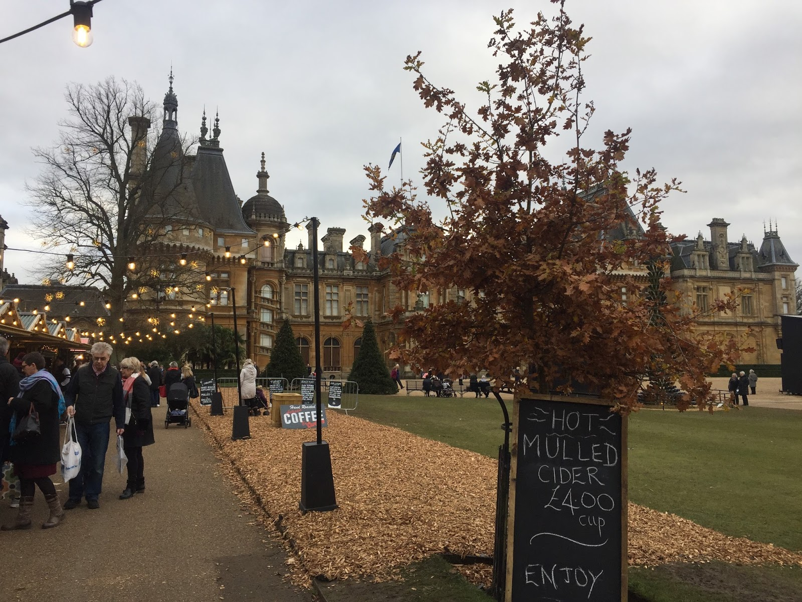Formidable Joy | UK Fashion, Beauty & Lifestyle Blog | Lifestyle | A seasonal visit to Waddesdon Manor | Waddesdon Manor | Christmas Market