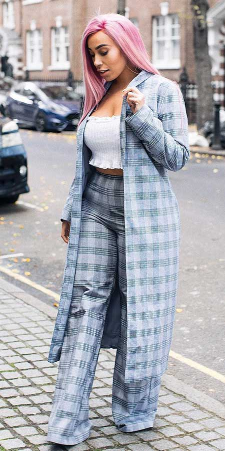grey check tailored duster coat, grey check wide leg trouser | Casual blazer outfits are arguably the best work outfits. Find the best work blazer with these 25 womens blazer outfit ideas. Best blazer styles and blazer fashion via higiggle.com #blazer #workoutfits #fashion #style