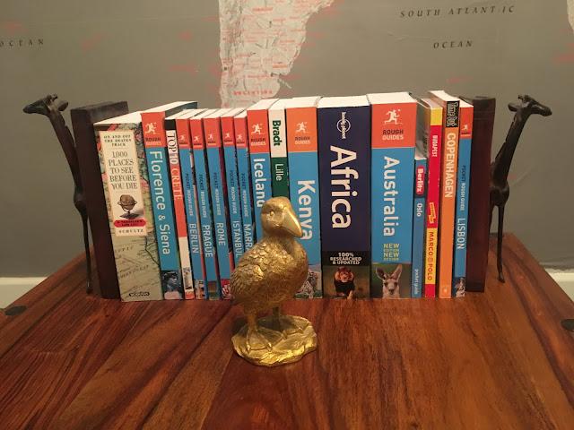 Golden Puffin, Travel guides, Giraffe bookends