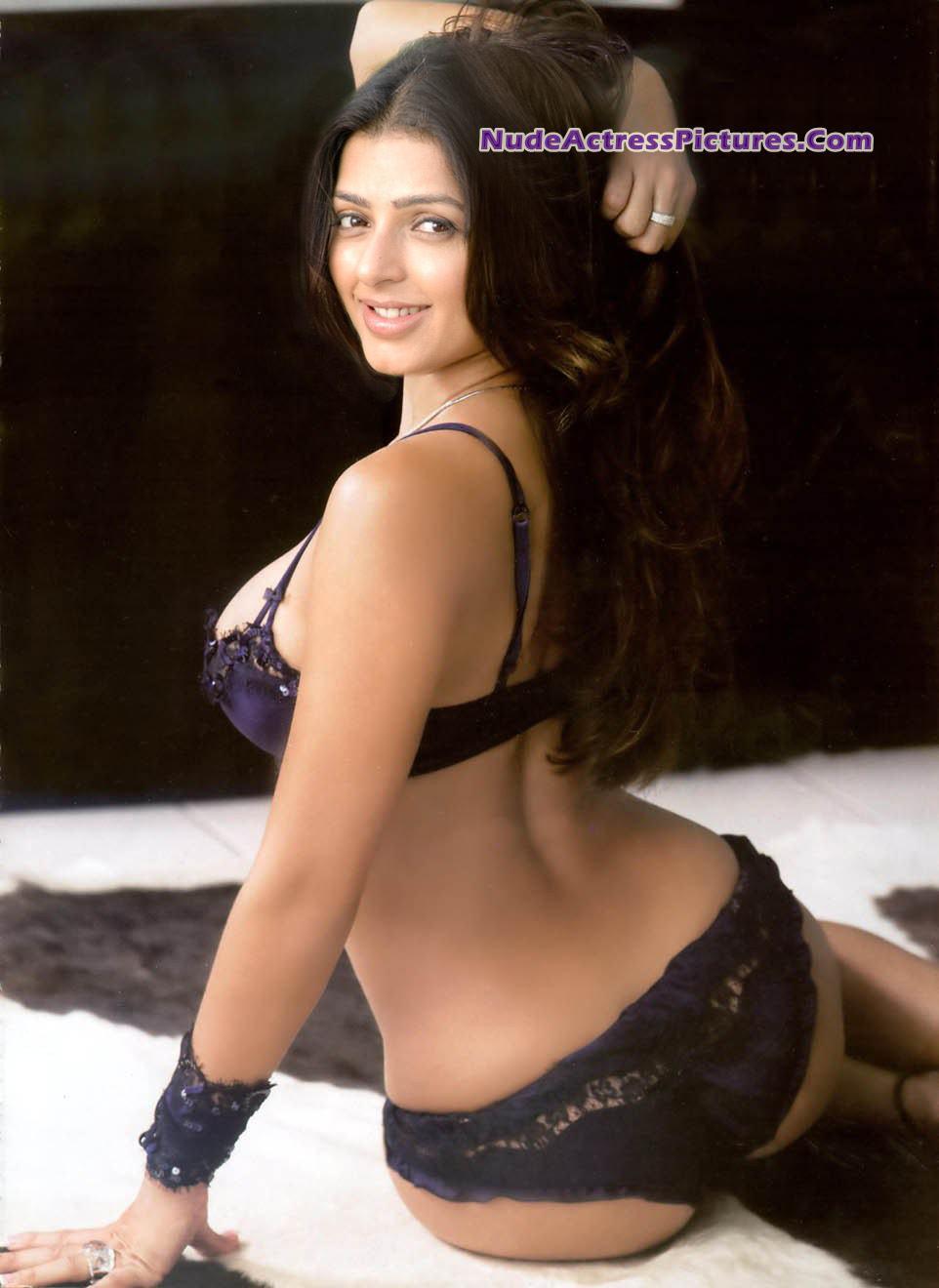 Have nauheed cyroci nude photo can suggest