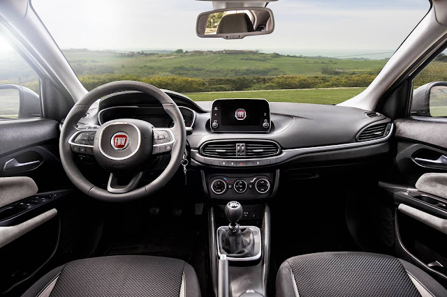 Novo Fiat Tipo 2017 - interior - painel