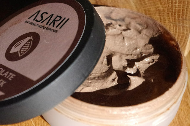 Asarii Mud Mask Inside