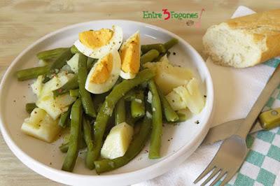Ensalada de judías verdes, patata y huevo cocido