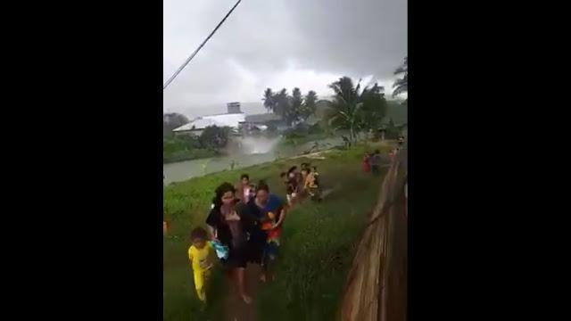 Angin Puting Beliung Terjadi di Sungai Karema Mamuju Sulawwesi Barat