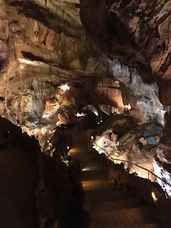 escadaria gruta