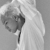 "Taeyang lança os MVs de ""Wake Me Up"" e ""Darling""!"