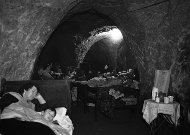 12 December 1940 worldwartwo.filminspector.com caves Hastings shelter Blitz